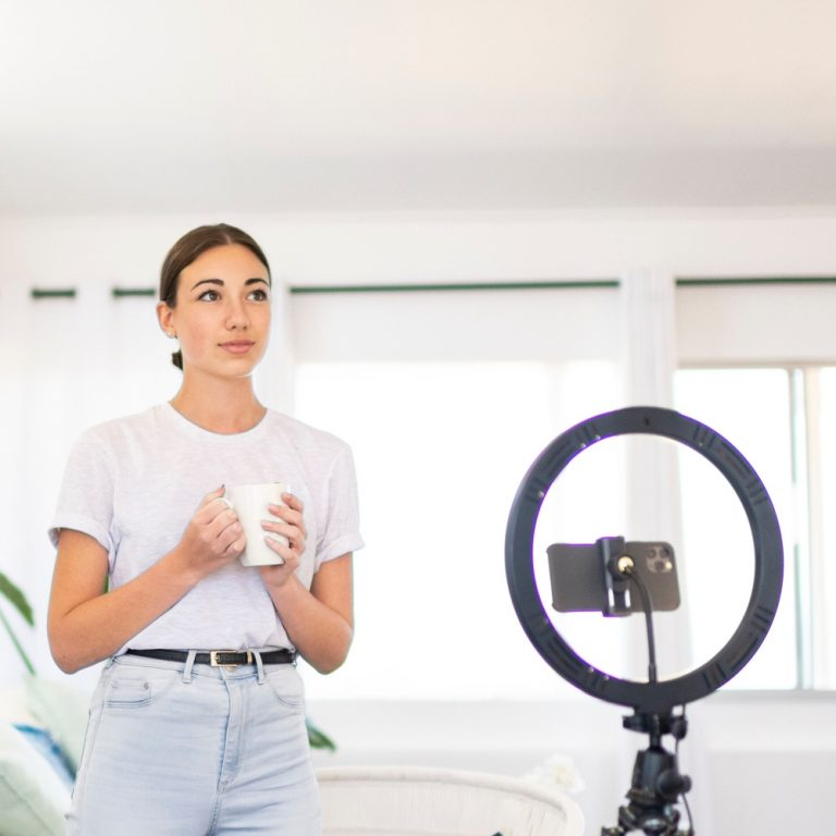 Influencer-Marketing-Guide-Feature